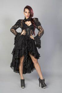 28. svart spets klänning